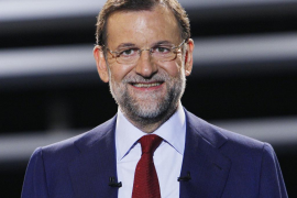 La caja B pagó trajes, corbatas y gafas para que a Rajoy se le viera «bien en televisión»