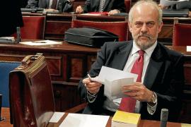 El fiscal acusa al exconseller Moragues y a otros imputados de lucrarse con 100.000 euros