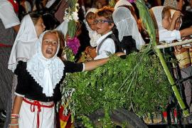 Desfile del carro Triomfal en Valldemossa
