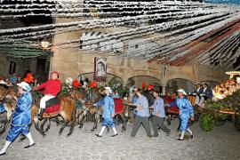 Valldemossa celebra el desfile del Carro Triomfal