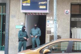 Tres detenidos en Palma por vender falsos contratos de trabajo a inmigrantes