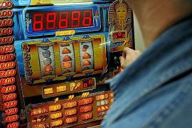 El Govern recauda un 36% menos de impuestos por el juego desde 2008