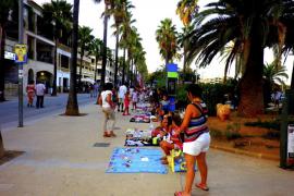 El Ajuntament de ses Salines intercede para que los niños recuperen su mercadillo