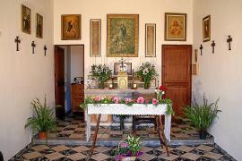 Los vecinos de ses Covetes celebran un siglo de la bendición de la Capella
