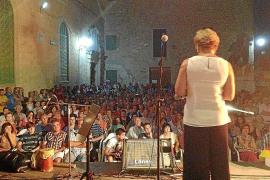 Multitudinario y sentido homenaje al cantador Biel 'Caragol'