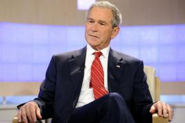 "George W. Bush, presenta sus memorias ""Decision Points"" (Momentos decisivos),"
