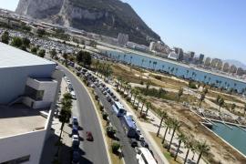 Reino Unido envía al buque insignia de su Armada  a Gibraltar