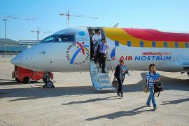 Los vuelos interinsulares, más caros y escasos en Balears que en Canarias