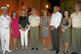 Roberto Ortíz, Carmen Pérez, Charo González, Casimiro Sanjuán, Inmaculada González, Julio Ayuso, María José Guerrero y Antonio O