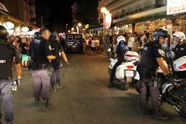 La policía interviene en una pelea de tintes racistas en s'Arenal