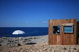Piscolabeach, bebidas con vistas al mar