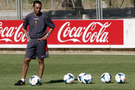 José Luis Oltra insiste en la necesidad de reforzar al Mallorca antes de que se cierre el mercado