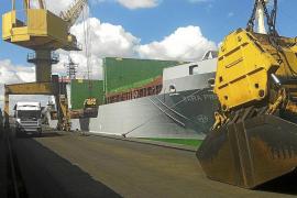 Mallorca exporta el primer cargamento de biomasa hasta una central eléctrica italiana