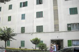 La niña de cuatro años que cayó desde un tercer piso en Palma mejora de sus lesiones