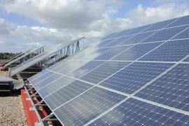 El Govern subvenciona energía solar fotovoltaica en los colegios