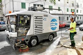 Garau amenaza con externalizar la limpieza los festivos o dejar de limpiar