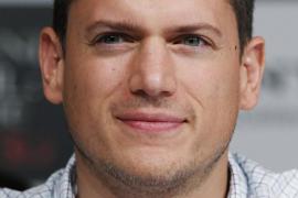 El protagonista de 'Prison Break' reconoce ser gay y rechaza ir a Moscú