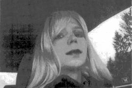 El soldado Manning dice que se siente como una mujer  y pide que le llamen Chelsea