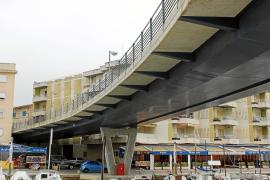 El Ajuntament tendrá que derribar el  puente elevado del 'riuet' de Porto Cristo