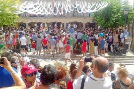 El pueblo honora su patrón con las ancestrales danzas de los Cossiers