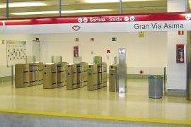 El metro deja de cobrar en las estaciones del polígono para evitar robos en las máquinas