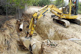 La rotura de una tubería deja sin agua ocho horas a cinco barriadas de Palma