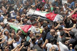 Enfrentamientos en el entierro de tres palestinos abatidos en Cisjordania