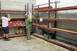 La Reina sugiere en el Banc d'Aliments aprovechar la comida de los cruceros