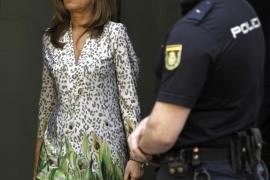 La mujer de Bárcenas no acude a la Audiencia pero presentará una lista de sus bienes