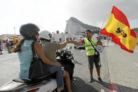 Las Fuerzas de Seguridad denuncian 'acoso' en la frontera de Gibraltar