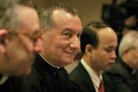 El Papa elige a un diplomático como Secretario de Estado tras el poderoso Bertone