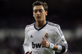 Özil, al Arsenal y Kaká, al Milan