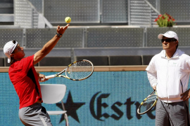Nadal vislumbra a Soderling, elude a Murray y Djokovic se da de baja