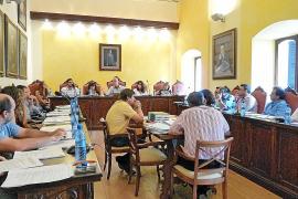 Pastor se compromete a resolver los 1.000 expedientes de infracción pendientes