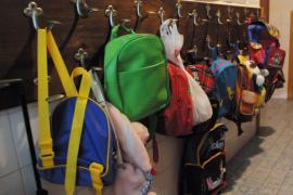 Camps dice que los 164.665 alumnos matriculados podrán ir tranquilos a las aulas