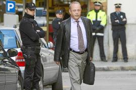 La policía ofrece protección al juez Castro, pero éste la rechaza