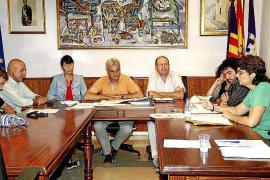 Estarellas no defiende el decreto TIL en el pleno frente a una moción de EOB para rechazarlo