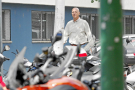El director de Seguridad Ciudadana dimite «para no dañar la imagen de la Policía Local»