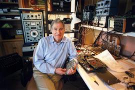 Fallece Ray Dolby, creador del sistema de sonido que revolucionó el cine