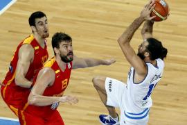 Italia se sobrepone y cita a España con Serbia  (86-81)