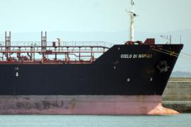 Retienen a un polizón que llegó al puerto de Palma a bordo de un petrolero