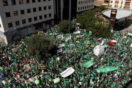 La huelga de educación volverá a ser protagonista el martes en el Parlament