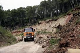 Reabre la carretera de Banyalbufar-Esporles tras retirar las rocas caídas el domingo