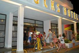 Desalojados unos cien turistas de un hotel de Magaluf tras declararse un incendio
