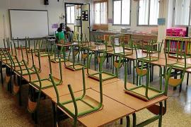 Los padres continúan con la rebeldía y dejan las 'aulas vacías'