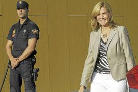 El juez espera más datos fiscales para decidir si imputa a la Infanta