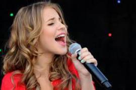 Lucía, en concierto