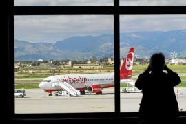 Los turistas visitan Balears en low cost