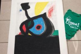 Un nieto de Miró dona una obra del artista para la caja de resistencia