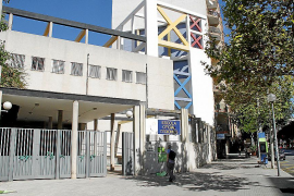 Malestar en la Escuela Oficial de Idiomas por la improvisación del Govern